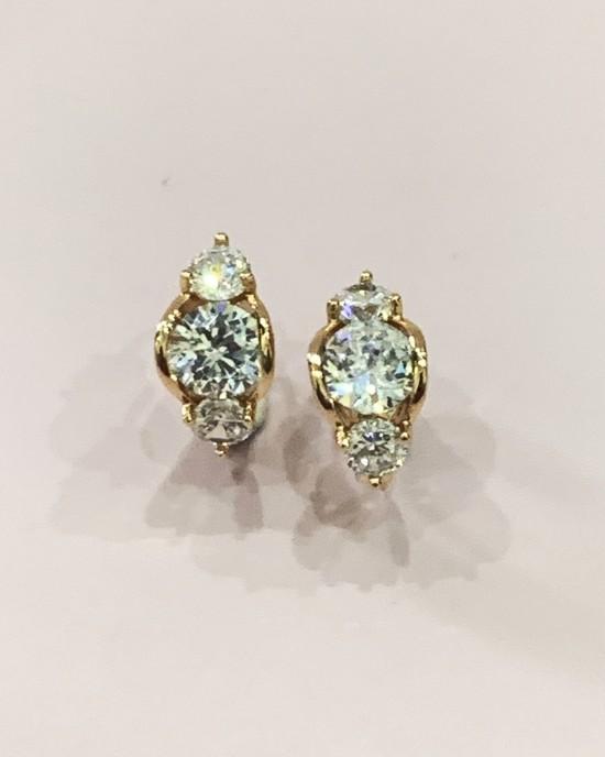 White Crystal Hoop Earings - Gold Plated