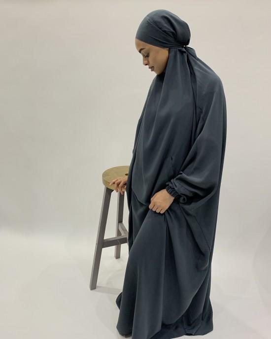 Amani's One-Piece Grey Overhead  Jilbab / Burka with Pock